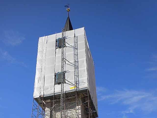 ascensori da cantiere su ponteggio san andrea apostolo a venzone